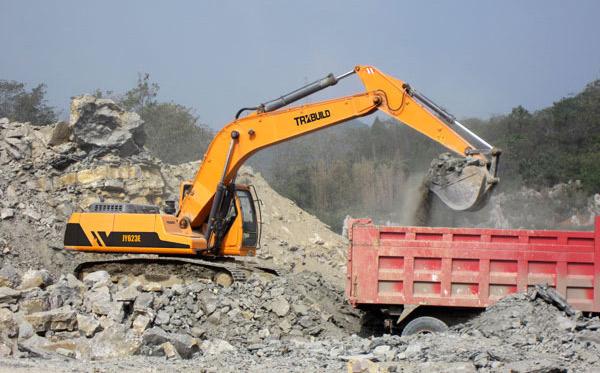 excavatorsBig3