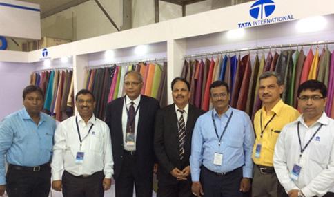 finished-leather-participates-agra-fair-2014-big