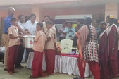 chennai-team-donates-vessels-to-government-school-thumb