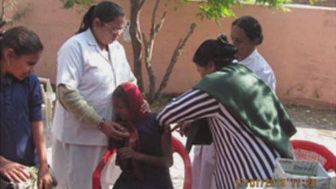 health-camp-focuses-on-vaccine-for-schoolgirls-at-dewas-big