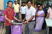 chennai-team-promotes-bicycles-to-cut-carbon-footprint-small1